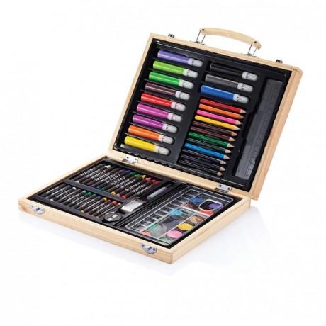 Set du jeune artiste avec 67 crayons personnalisé